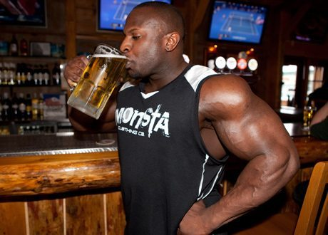 Do Alcohol and Bodybuilding Mix?
